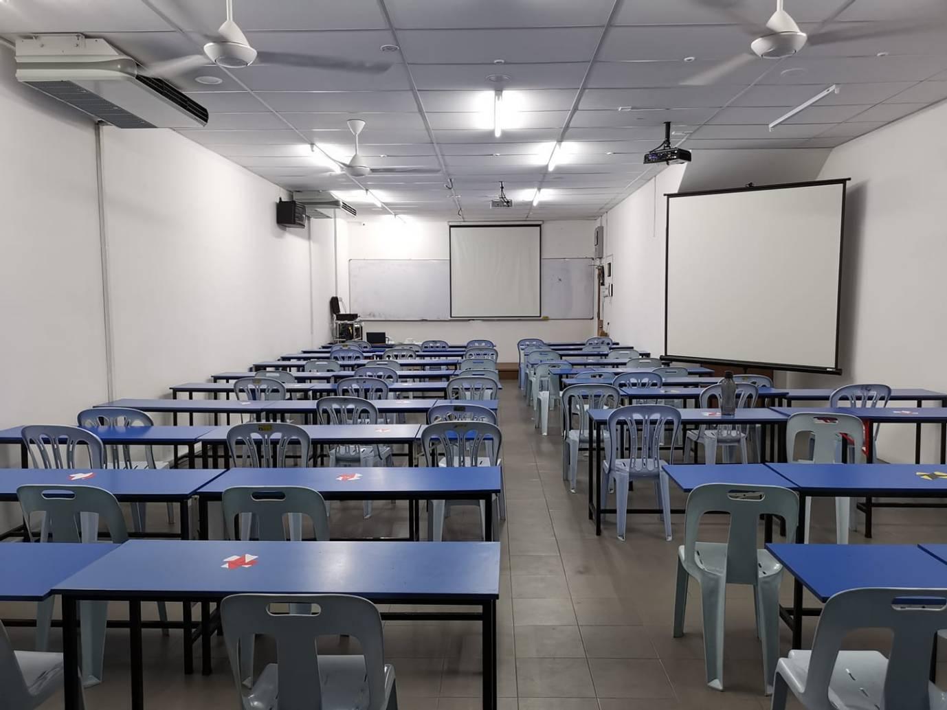 名字:博雅补习学院 WE EDUCATION